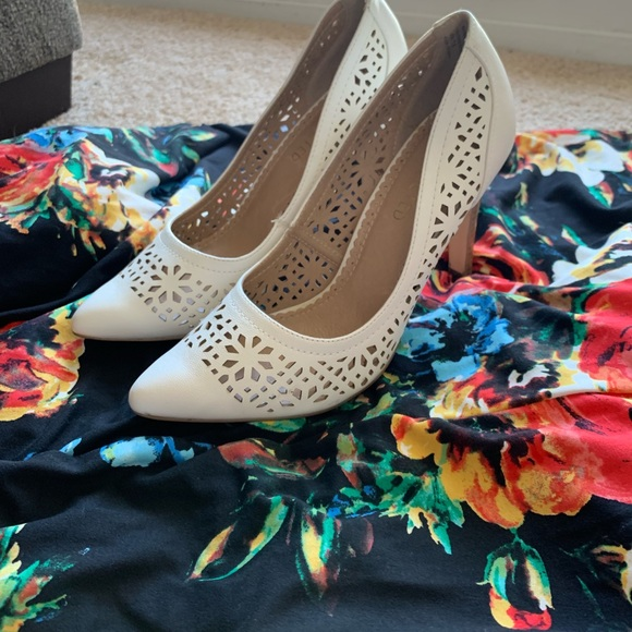 Restricted Shoes - White Pumps!